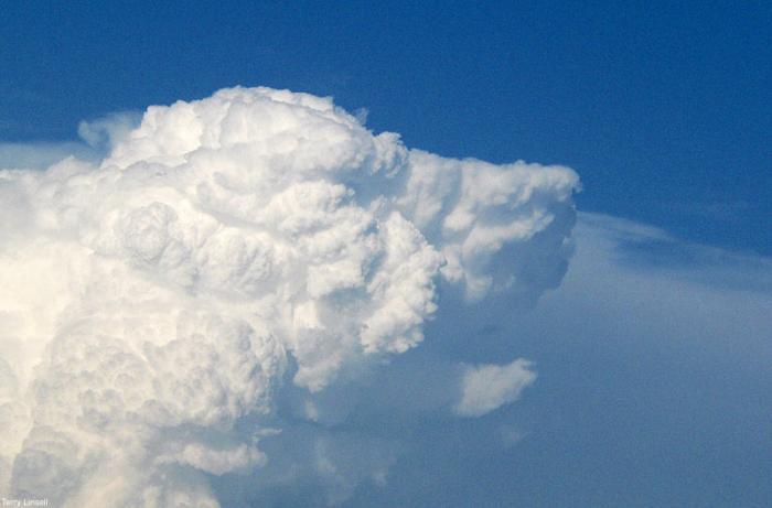 clouds_02.jpg
