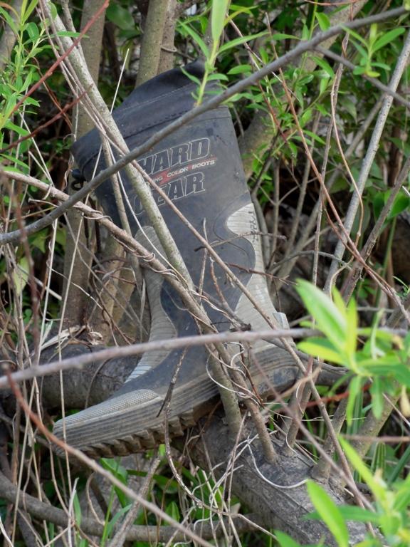 河川敷の長靴2