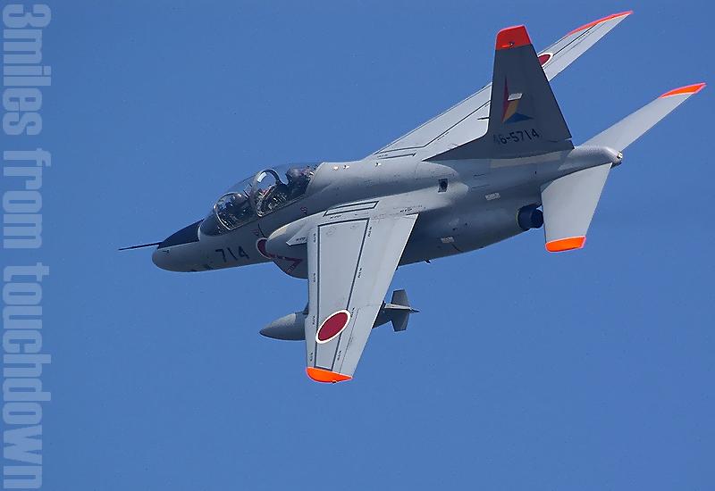 入間基地航空祭  T-4