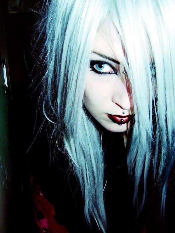 blue_eyed_girls_07.jpg
