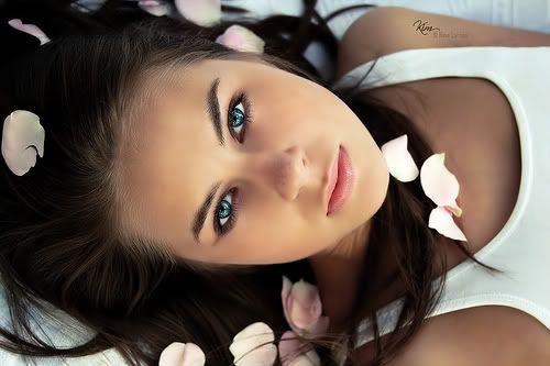 blue_eyed_girls_10.jpg