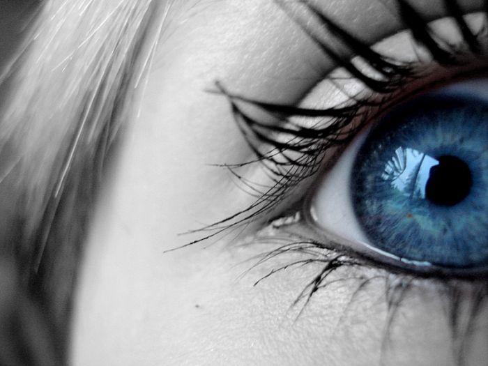 blue_eyed_girls_13.jpg
