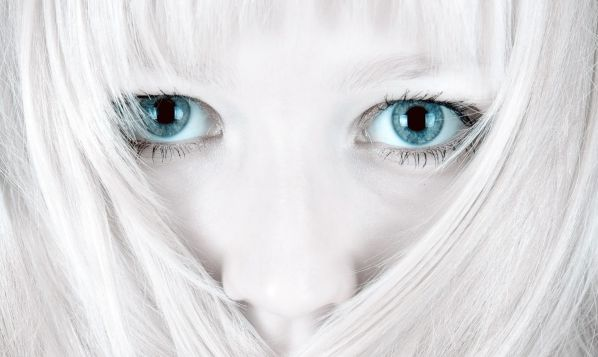blue_eyed_girls_21.jpg