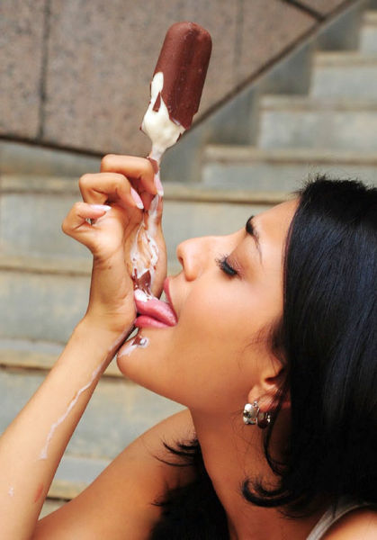 ice_cream_queens_640_44.jpg