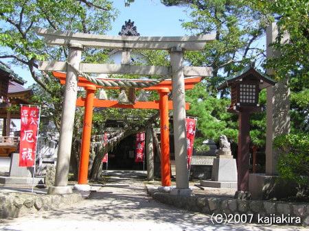 湊稲荷神社03-神社正面