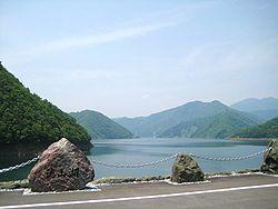 250px-Tokuyama_Dam_lake_monument.jpg