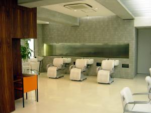 j-salon2.jpg