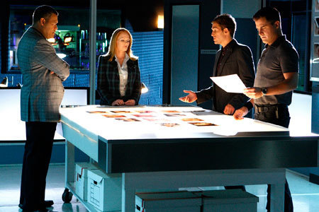 CSI-Trilogy-Crossover-Episode-Three-Las-Vegas-all-csis-9019137-450-300.jpg