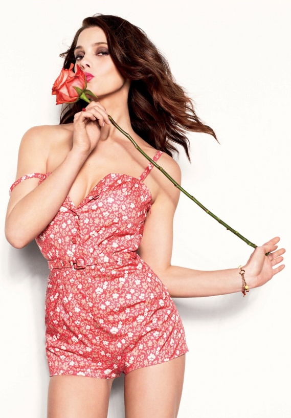 Ashley Greene Covers Glamour May Issue
