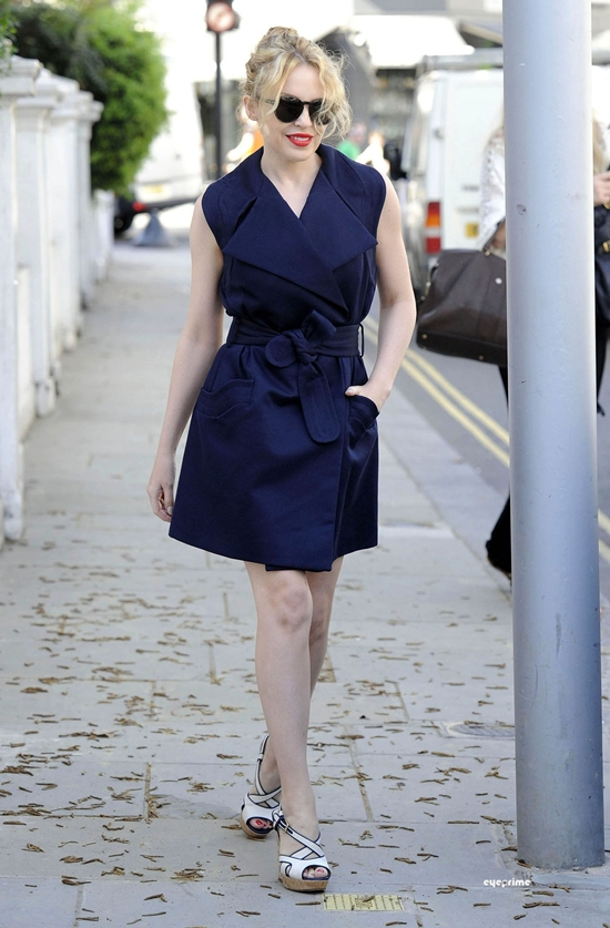 Kylie Minogue looking summery as she leaves her London Home