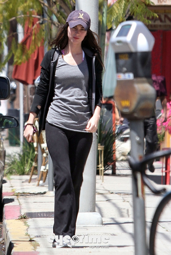 Megan Fox headed out for frozen yogurt in Hollywood