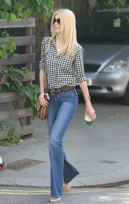 Claudia Schiffer - Out in Notting Hill after doing school run in London