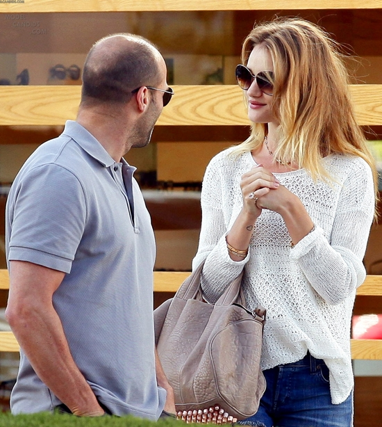Rosie Huntington-Whiteley shop for sunglasses at Oliver Peoples