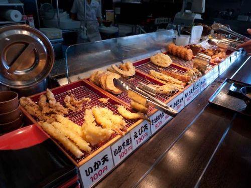 伊予製麺 天ぷら 揚げ物コーナー