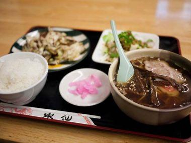 中華麺飯店 東仙 ランチ 回鍋肉とラーメンんのセット