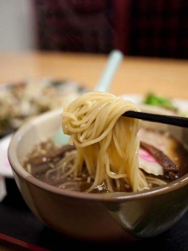 中華麺飯店 東仙 ラーメンの麺