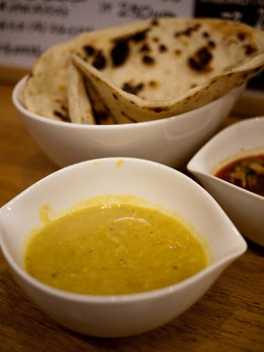 Sahiru17(サヒルイチナナ)豆のカレー