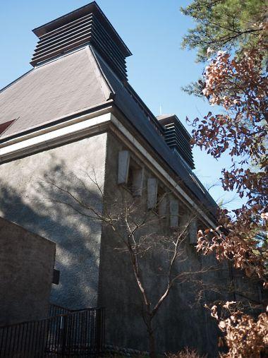 サントリー白洲蒸留所 建物