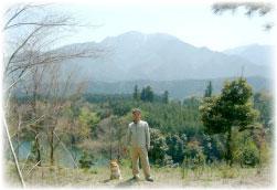 愛犬と釜ヶ谷池にて