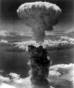 250px-Nagasakibomb.jpg