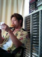 稲田兼一郎が食べるパン