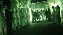ラ・クール 大森家の結婚式参列者へスタッフ総出でお出迎えです