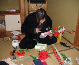 造花で花束作り