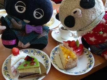 ばぶちゃんとクロちゃんケーキ食べ放題IN不二家