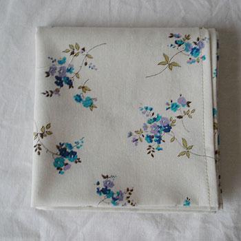 ハンカチ ブルー小花