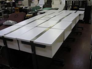 テーブル斜め