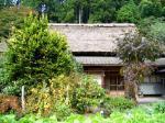 茅葺屋根の古民家