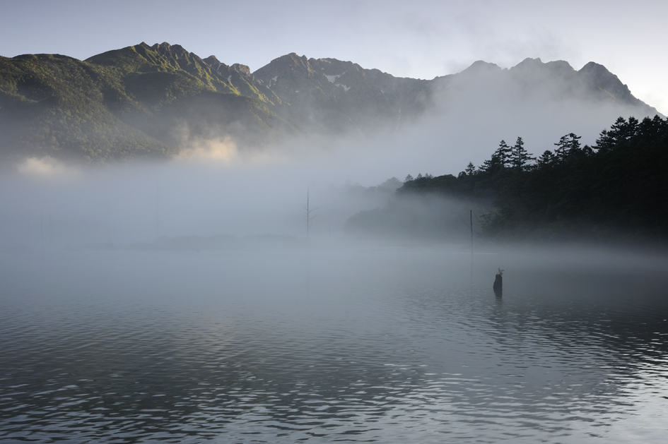 _DSC3352_朝霧の穂高連峰.jpg