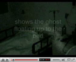YouTubeより、「患者をのぞき込む霊」他 心霊写真集