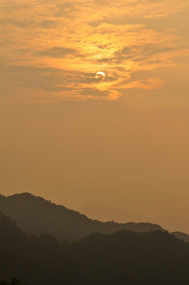 碧山嚴の朝日(1)