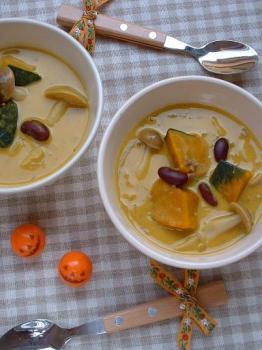 かぼちゃのココナッツカレースープ