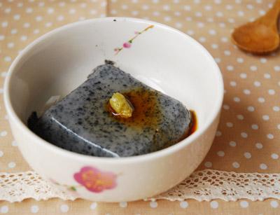 黒ゴマ豆腐。