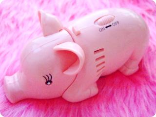Pig Crumbsweeper