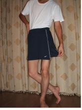 嫁のスカートを履く旦那