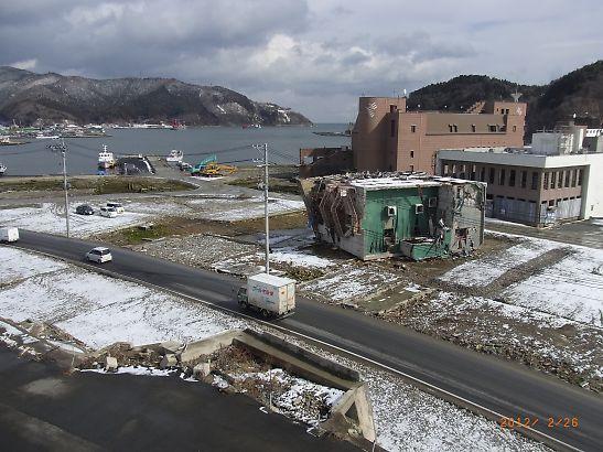 石巻二日目視察-女川病院からの風景