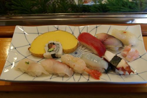 IMGP0050-1216-sushi.jpg