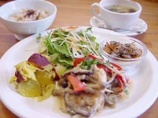 lunch_1010.jpg
