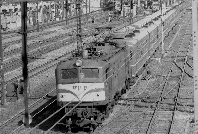 47EF58.jpg