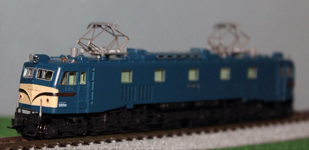K-EF58121.jpg