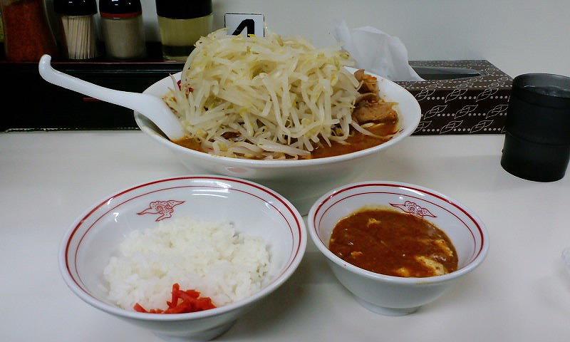 北極ジャンボ 麺カタメ 脂少なめ 野菜大盛り 定食(麻婆辛さ3倍)