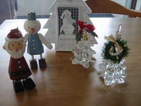 ガラスツリーと木の人形...