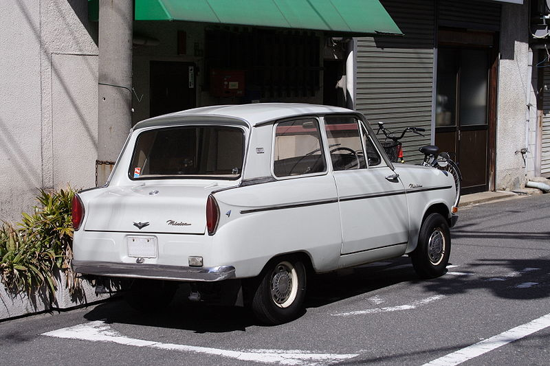 800px-Mitsubishi_Minica_LA_Rear_JPN.jpg