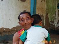 バリ民家の老人