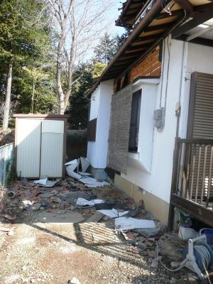 12地震T宅外壁ヤネ瓦落ち