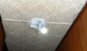 4ソーラー廊下照明半完