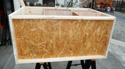 18台所収納家具底板補強